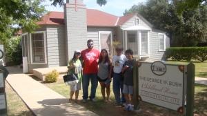 DISPO-COOLEY Fam @ George W. Bush Family Home